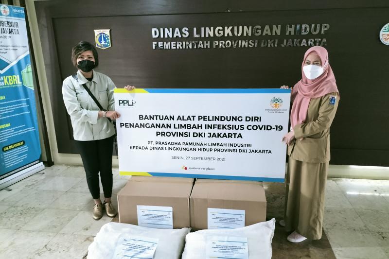 DKI dapat bantuan APD untuk petugas sampah medis