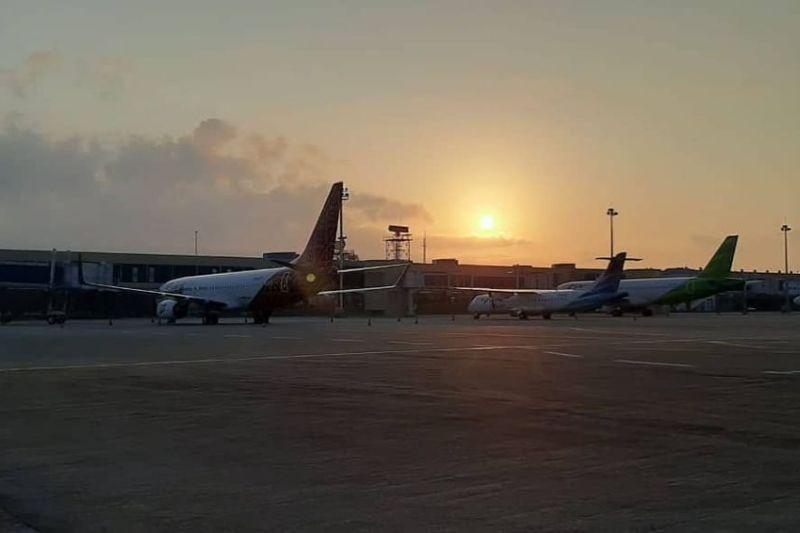 Pesawat rute Jakarta-Batam mendarat darurat di Bandara Palembang