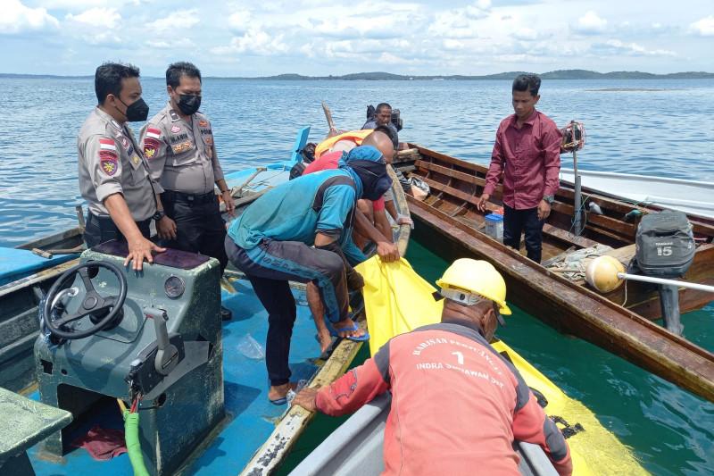 Seluruh korban tubrukan kapal kayu di Batam ditemukan