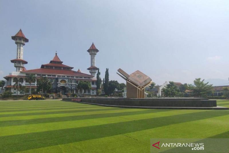 Taman Alun-alun Cianjur dibuka setelah target vaksinasi 50 persen
