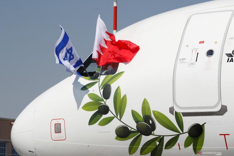 menlu-israel-kunjungi-bahrain-teken-mou-dan-buka-kedubes