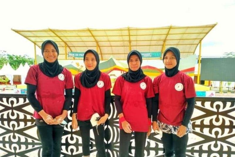 Tim panjat tebing NTB meraih medali emas pertama di PON Papua
