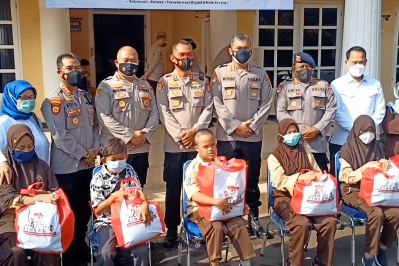 Alumni Akabri 96 fasilitasi vaksinasi siswa disabilitas di Kota Serang