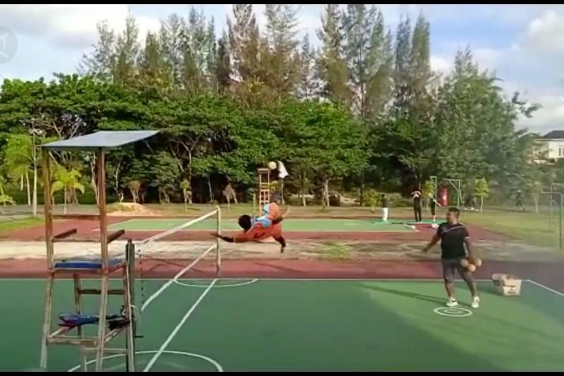 Atlet sepak takraw Aceh berangkat ke PON XX Papua