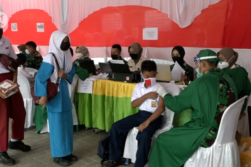 Panglima TNI: 10.000 vaksinator TNI POLRI siap dukung serbuan vaksin
