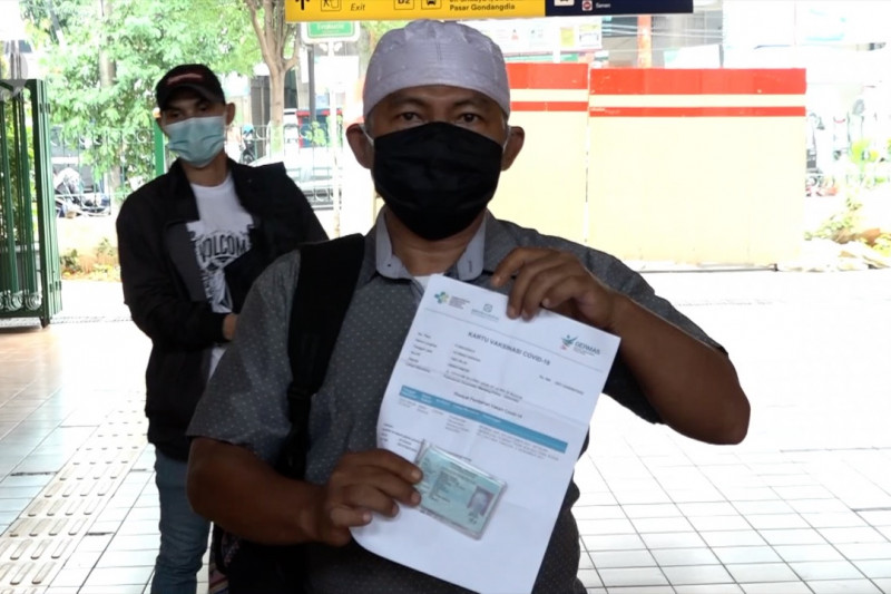 Masyarakat sambut baik vaksinasi jadi syarat perjalanan KRL