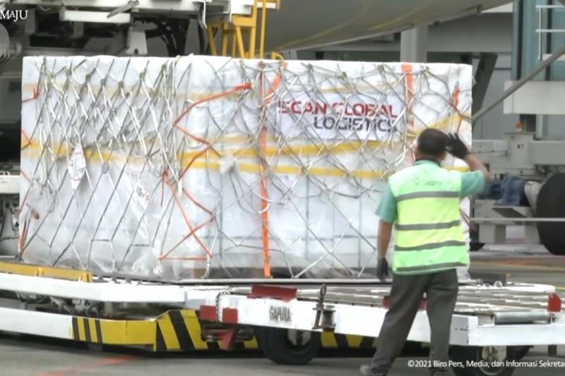 1,8 juta dosis vaksin Sinovac tiba di Indonesia