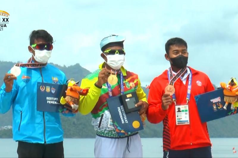 Riau raih medali emas pertama dari dayung thumbnail