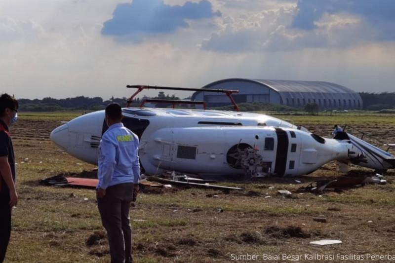 Helikopter terguling di Bandara Budiarto Tangerang