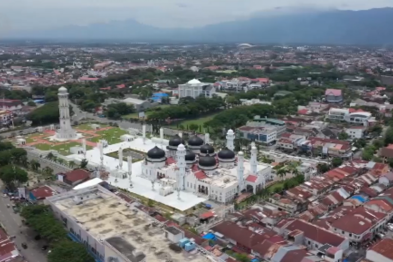Aceh ingatkan PNS bisa dipecat