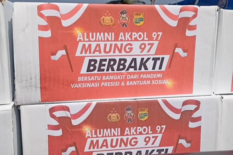 Polda Banten lepas pendistribusian 8.000 paket sembako alumni Akpol
