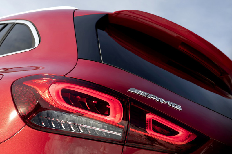 Mercedes AMG Teaser 2 - SatuPos.com