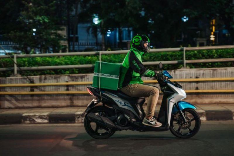 Gojek targetkan layanan transportasi beremisi nol di tahun 2030 thumbnail