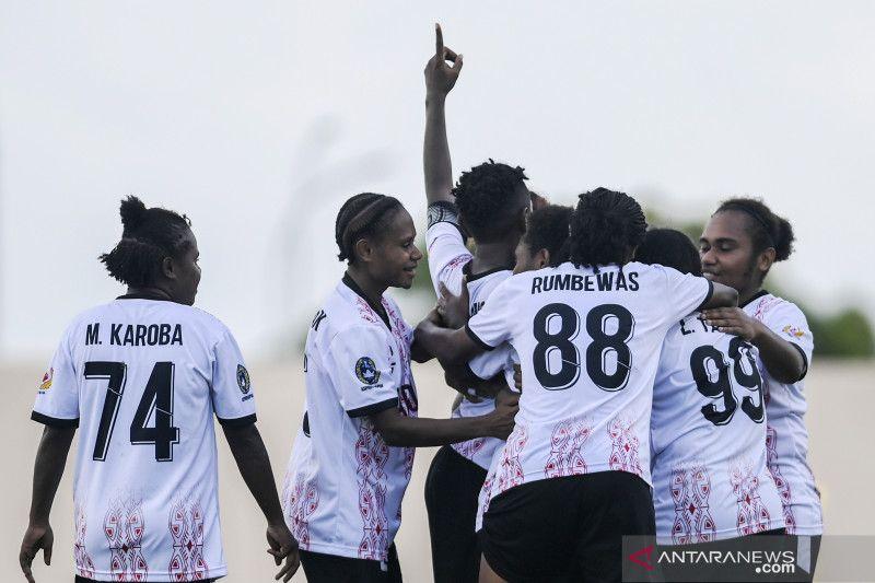 Gol indah Liza Armanita antar Papua juarai sepak bola putri PON Papua thumbnail
