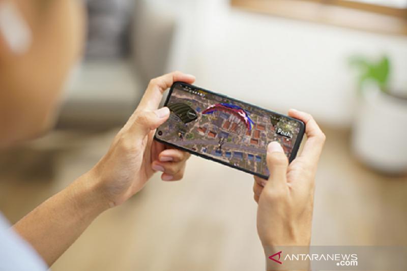 """Tips cegah panas ponsel saat main """"mobile game"""" thumbnail"""