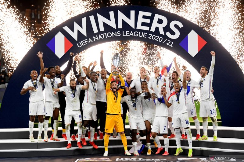 Kalahkan Spanyol 2-1, Prancis juara UEFA Nations League 2021 thumbnail