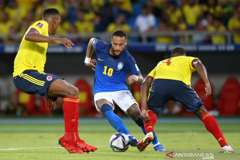 Brazil berbagi poin dengan Kolombia usai bermain imbang tanpa gol thumbnail