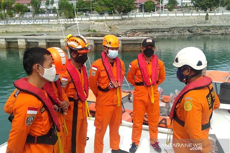 Enam kru KM Niaga Sari ditemukan selamat di perairan Donggala Sulteng thumbnail