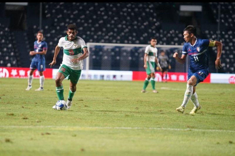 Indonesia tekuk Taiwan 3-0 di play off kualifikasi Piala Asia thumbnail