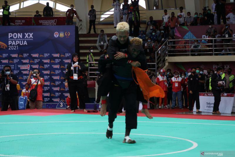 Jawa Barat tambah tiga medali emas dari pencak silat PON XX thumbnail
