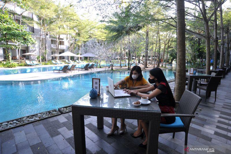 "Lima alasan ""Work From Bali"" asyik untuk bekerja secara daring thumbnail"