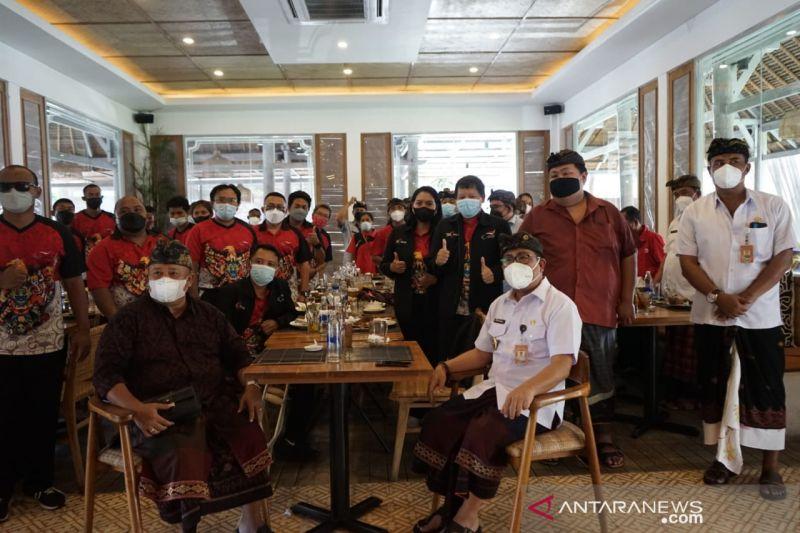 Pemkot Denpasar lepas atlet ikuti Peparnas XVI di Papua thumbnail