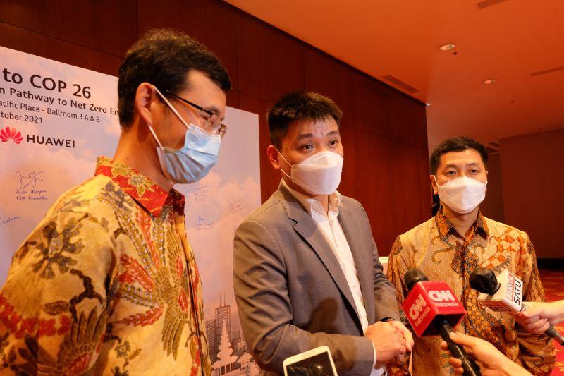 Huawei dorong energi terbarukan di Indonesia dengan solusi TIK thumbnail