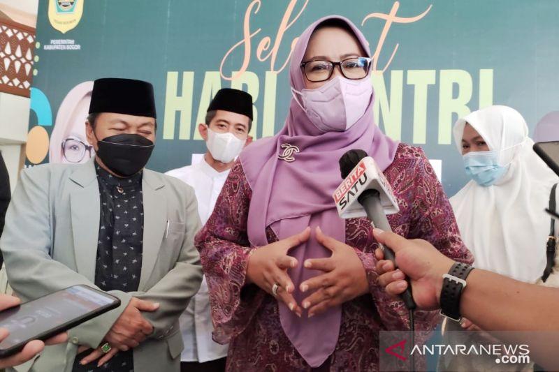 Bupati Bogor ajak santri berperan aktif tangkal ideologi menyimpang thumbnail