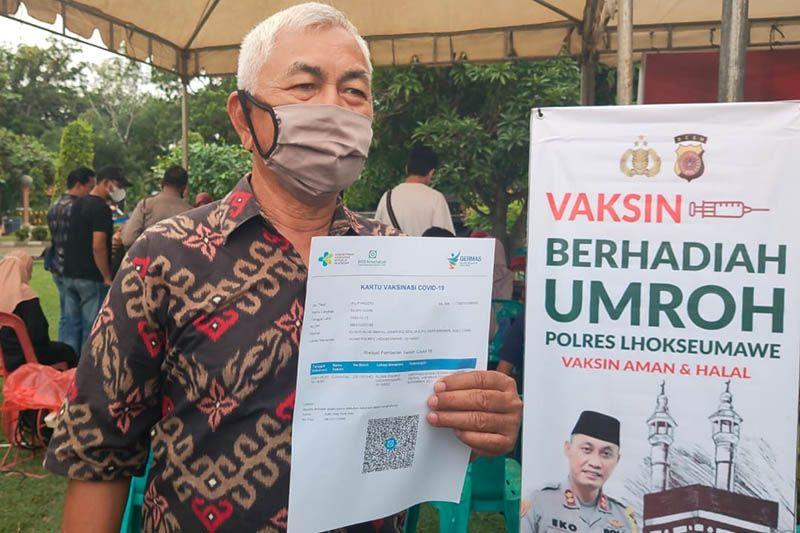 Polda Aceh: Warga antusias ikuti vaksinasi massal berhadiah umrah thumbnail