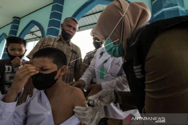 Satgas: Vaksinasi lansia dan remaja masih rendah di Aceh thumbnail