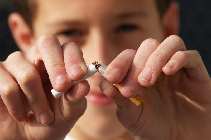 Perlunya strategi komunikasi tersegmentasi untuk kurangi angka perokok thumbnail