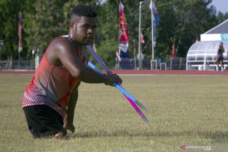 12 atlet difabel akan ikut kirab obor api Peparnas XVI Papua thumbnail