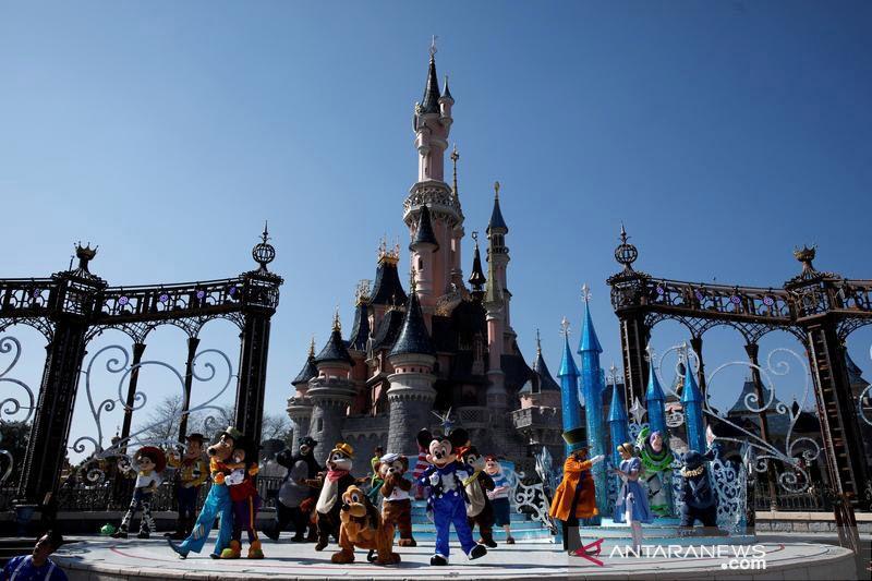 Harga tiket masuk Disneyland California naik mulai Maret 2022 thumbnail