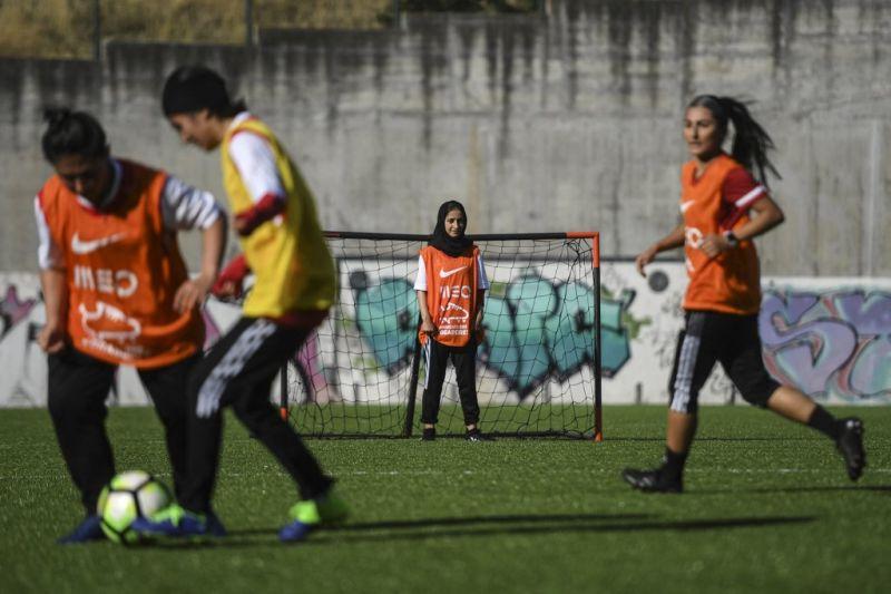 FIFA dorong dunia internasional jadi rumah baru bagi atlet Afghanistan thumbnail