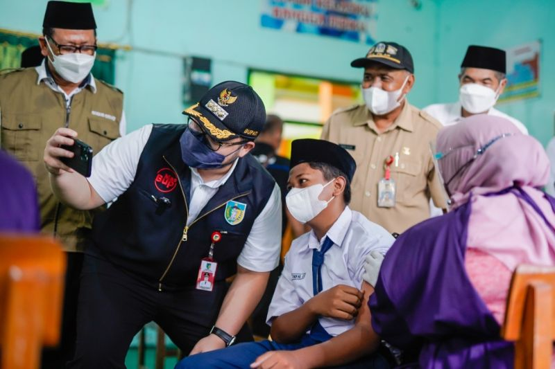 Pemkab Kediri gencarkan vaksinasi untuk lansia dan pelajar thumbnail