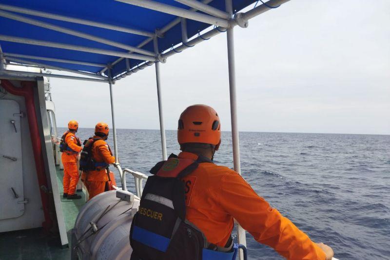 Basarnas Bali libatkan satu KRI TNI AL dalam pencarian KM Liberty 1 thumbnail