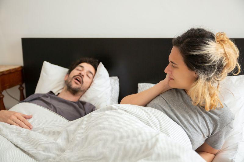 """Mengenal """"sleep epnea"""", gangguan henti napas sejenak ketika tidur thumbnail"""