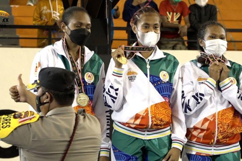 Tim bola basket 3x3 putri Papua raih medali emas thumbnail