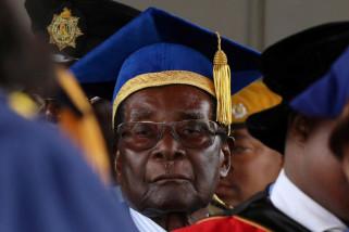 Rakyat Zimbabwe rayakan kejatuhan Mugabe