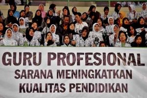 guru251109 3resize Presiden berikan penghargaan bagi 15 guru