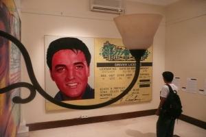 Kartu perpustakaan Elvis Presley akan dilelang