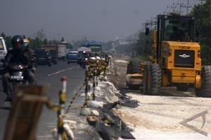 Jalan Pontianak-Bandara Supadio akan dilebarkan