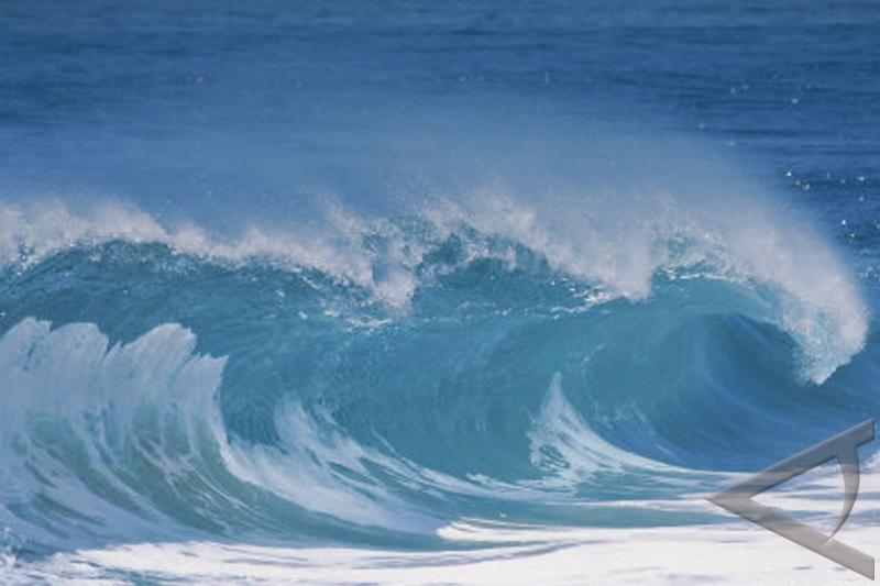 Gelombang Selat Bangka capai 2 meter