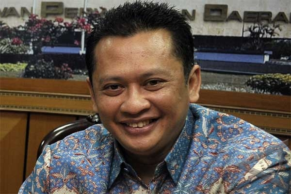 President Yudhoyono should not ignore KPK, police rift over simulators case