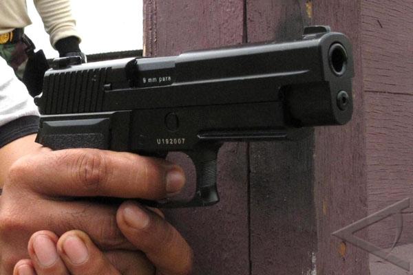 Anggota TNI Ditembak di Puncak Jaya