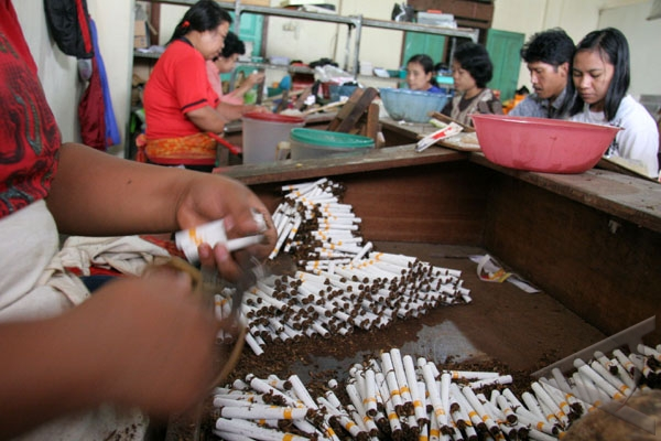 Indonesia refuses to sign tobaco control convention