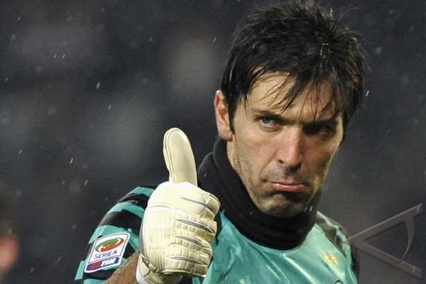 Buffon marah kendati Italia ke final