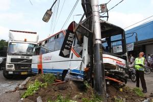 Warga Madiun tewas tertabrak bus Sumber Selamat