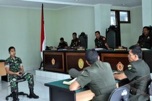 Video Kekerasan, Tiga Anggota TNI Dituntut 9-12 Bulan