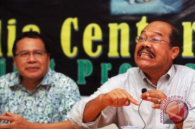 Kurtubi berpendapat langkah Jokowi-JK bekukan Petral tepat